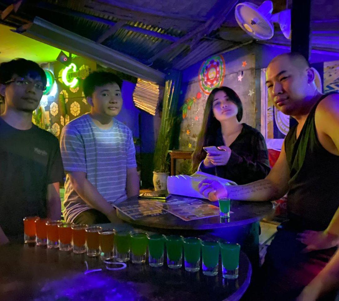 Night out at Sakura bar, Vangvieng